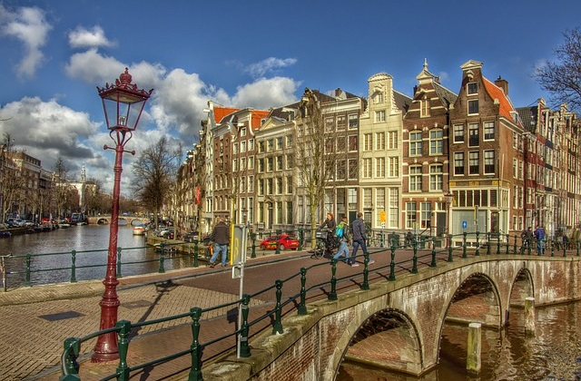 Flights to Amsterdam from $886 return on Singapore Airlines. Most departure cities under $1000!