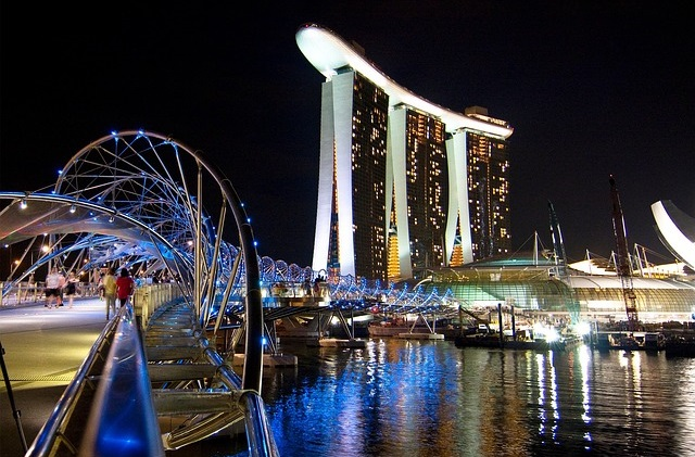 Direct flights to Singapore from $218 return. All departure cities under $300 return!
